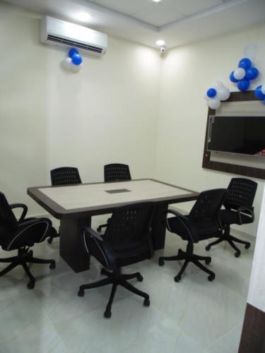 Office (4)-min